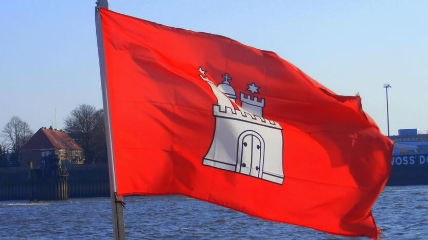Hamburg Flagge (Quelle: freeimages.com, bono-c)