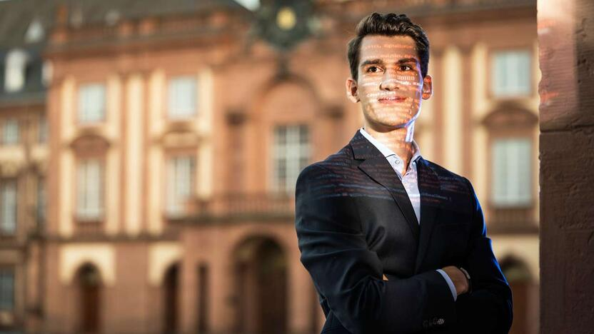 Mannheim Business School Master in Management Analytics Student  [© Mannheim Business School]
