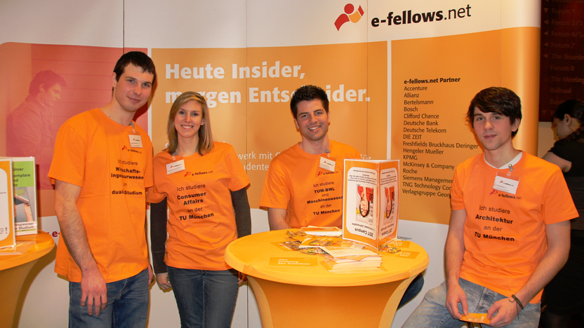 e-fellows.net Stipendiaten Startschuss Abi [Quelle: e-fellows.net]