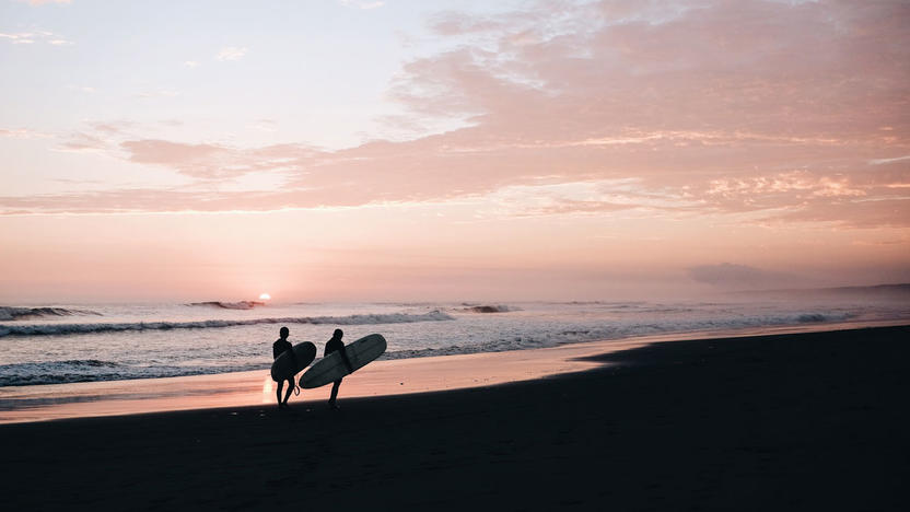 Surfen Work-Life-Balance [Quelle: Unsplash.com, Morre Christophe]