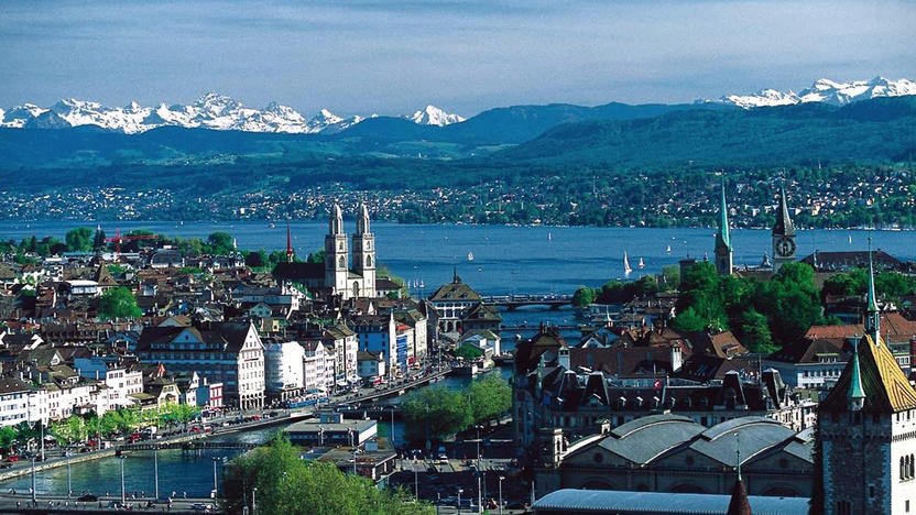 Zürich, See, Alpen [Quelle: Wikimedia Commons, Autor: MadGeographer]